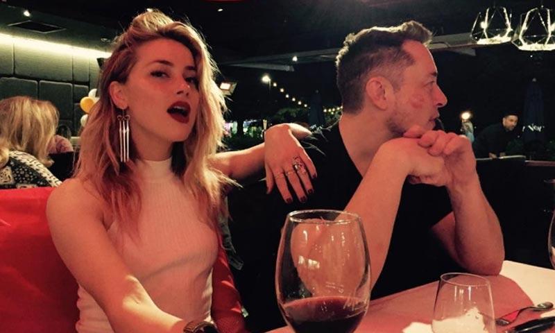 Amber Heard y su curiosa manera de hacer oficial su noviazgo con el multimillonario Elon Musk