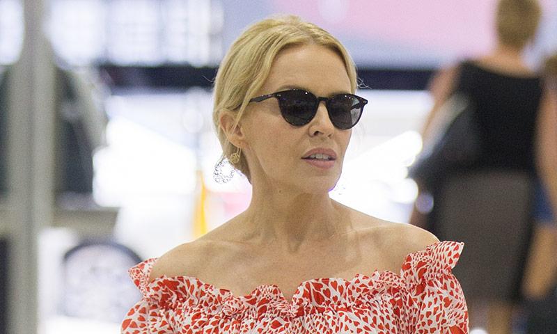 Kylie Minogue se entrega 100% al trabajo tras su ruptura