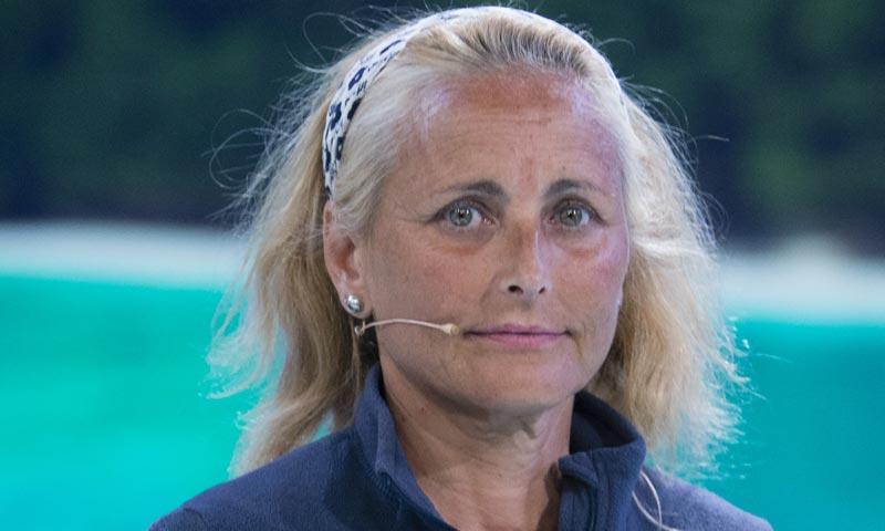 La inesperada reacción de la madre de Alba Carrillo al volver a España tras su paso por 'Supervivientes'