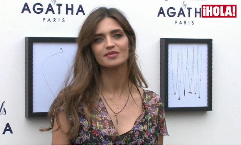 Sara Carbonero desvela a quién se parecen sus hijos
