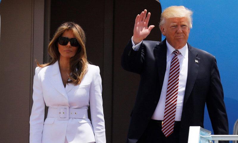 Donald Trump ofrece la mano a Melania en Israel y esta es su respuesta...