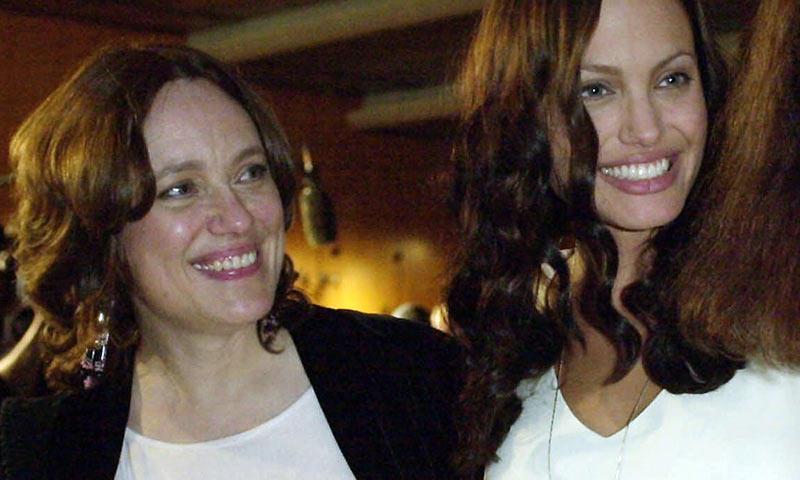 Angelina Jolie mantiene vivo el recuerdo de su madre