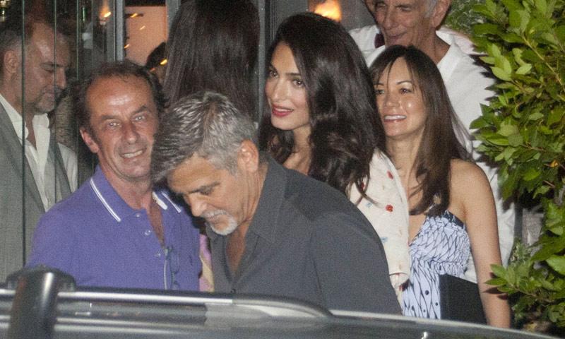 George y Amal Clooney, cena romántica sin niños en su paraíso particular