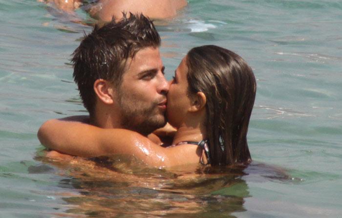 Gerard Piqué y Nuria Tomás