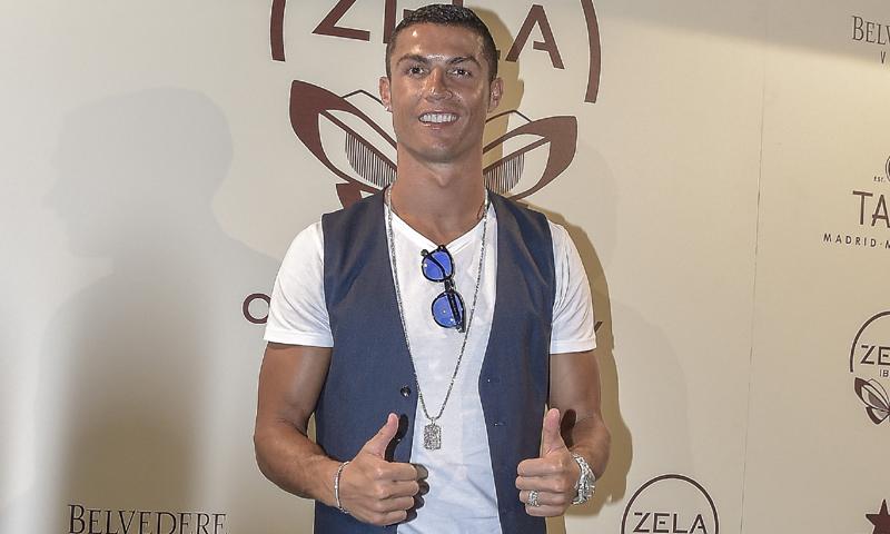 Cristiano Ronaldo se alía con Enrique Iglesias, Rafa Nadal y Pau Gasol