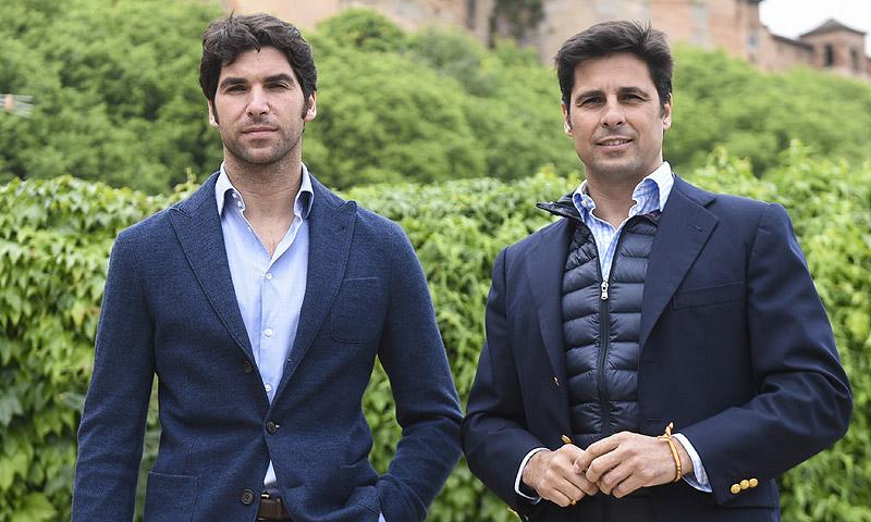 El 'pique' de los hermanos Rivera en las redes sociales
