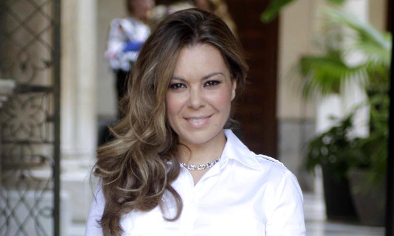 En ¡HOLA!, María José Campanario: 'He llegado a dormir tres horas en una noche y eso es muy difícil de aguantar'