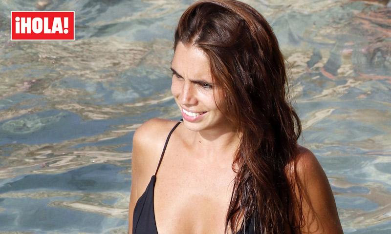 En ¡HOLA!: Elena Furiase presume de tipazo tras su operación bikini