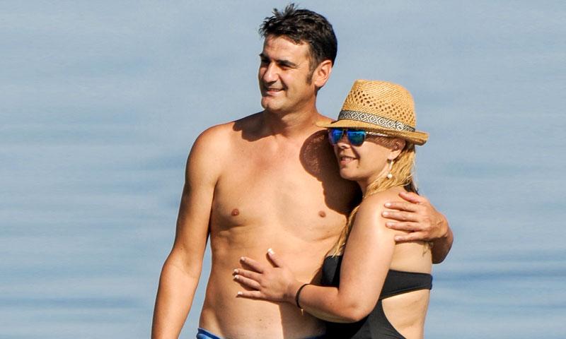 María José Campanario y Jesulín de Ubrique, escapada a la playa para celebrar su aniversario de boda