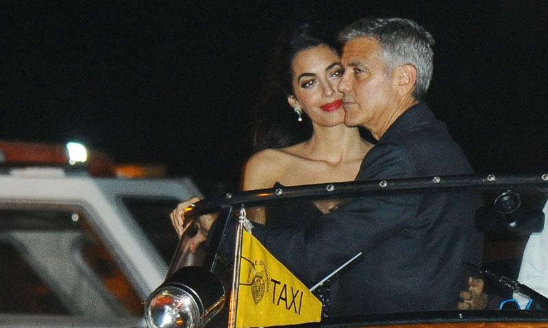 George y Amal Clooney reaparecen en Venecia convertidos en los nuevos papás de Hollywood
