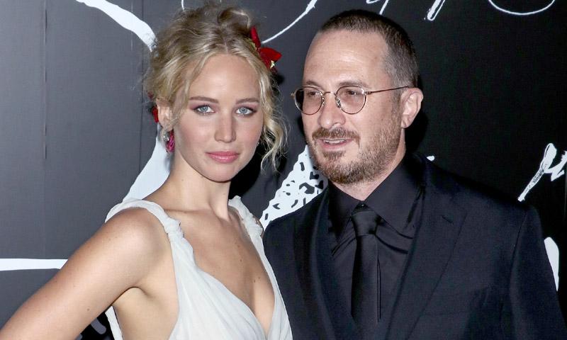 Jennifer Lawrence se viste de novia para hacer oficial su noviazgo con Darren Aronofsky