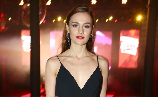 Sophie Skelton, un nuevo rostro de moda gracias a 'Outlander'