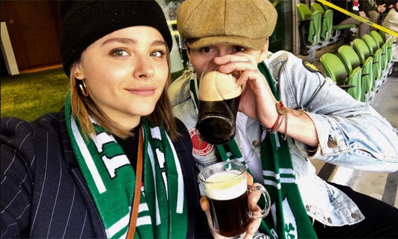 Brooklyn Beckham y Chloë Moretz dejan claro que siguen juntos con esta imagen