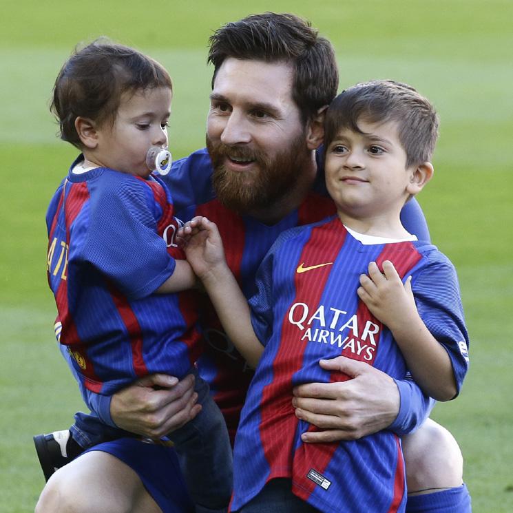 La divertida reacción de Thiago Messi al ver cómo Mateo se cuela en sus  clases de fútbol a91a149b9ef90