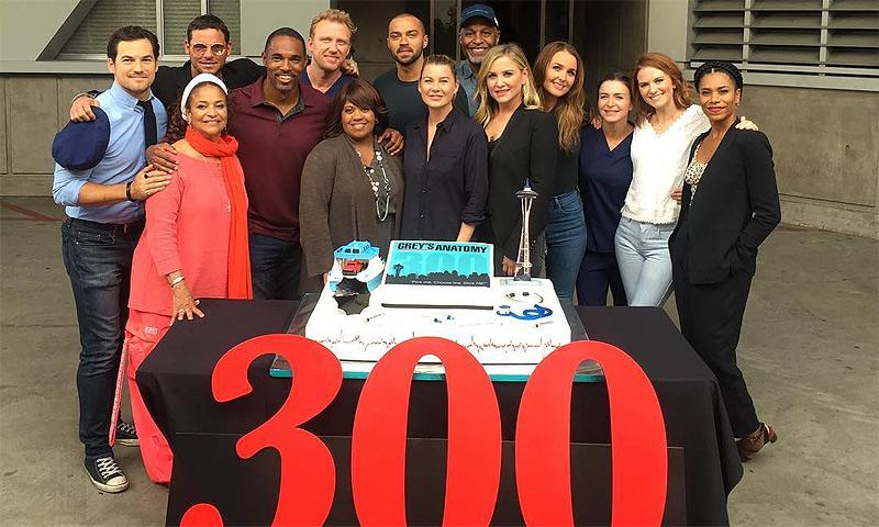 Los actores de 'Anatomía de Grey' cuelgan las batas y se van de fiesta para celebrar los 300 capítulos de la serie