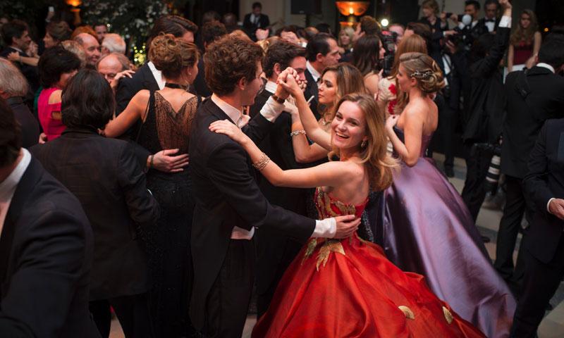 Así viven las horas previas los jóvenes de la 'jet' que asistirán al Baile de Debutantes de París