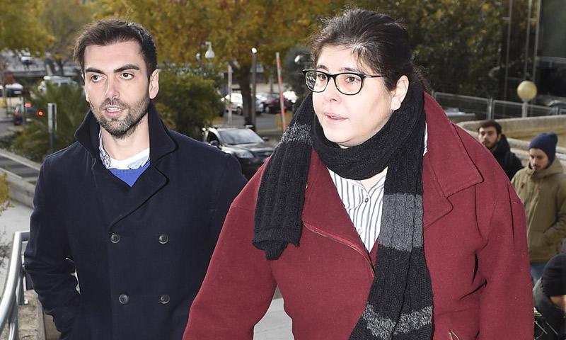 La hija de Sara Montiel 'sale de su retiro' para acudir al juicio al estafador de su madre