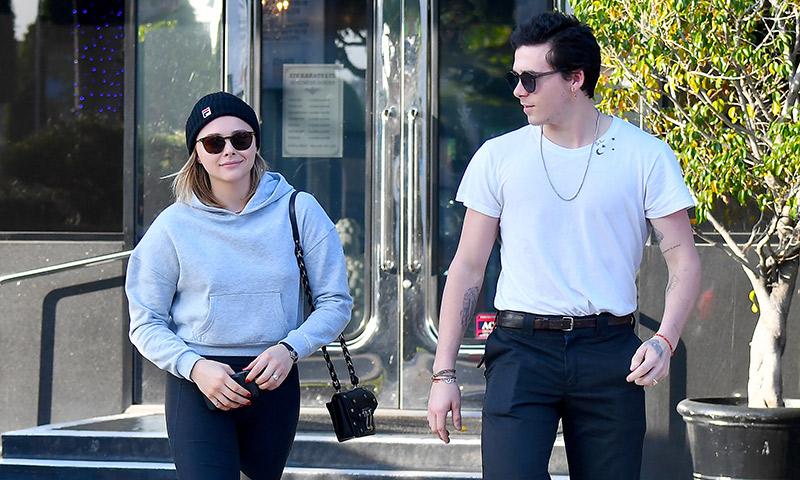 La fotografía de Brooklyn Beckham y Chlöe Moretz que ha desatado los rumores de compromiso