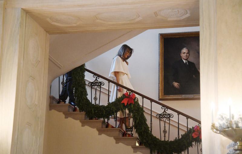 melania trump muestra la llamativa decoraci n de la casa