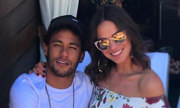 El beso de Neymar y Bruna Marquezine que ha desatado los rumores de una posible reconciliación