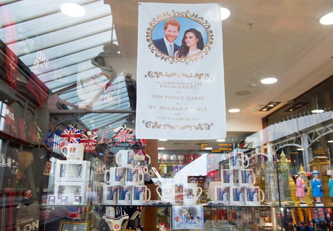 Harry Boda La Y Souvenirs Conmemorativos Los Meghan Causan De 6XRfwHx