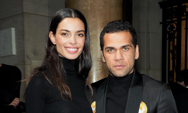 Dani Alves, el mayor fan de Joana Sanz en la semana de la moda de París