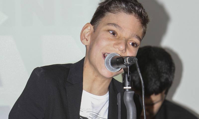 ¡Todos con Adrián! Las redes sociales se vuelcan con el cantante tras ser operado dos veces de urgencia