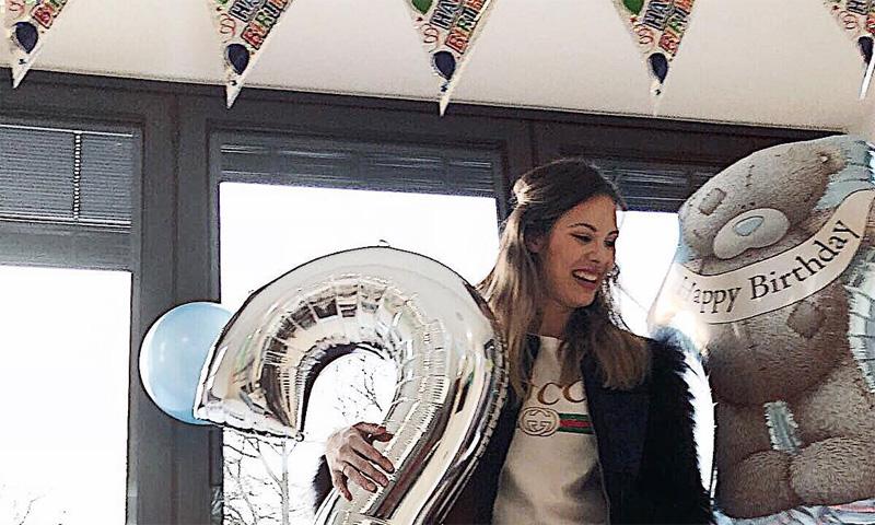 Jessica Bueno está de celebración... ¡el pequeño Jota cumple dos años!