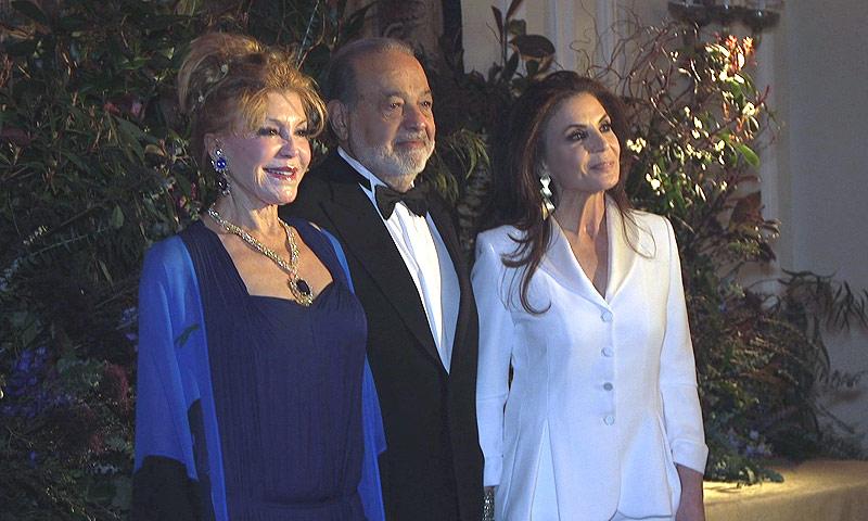 Entramos en exclusiva en la fiesta donde se premió a Carmen Thyssen y Carlos Slim