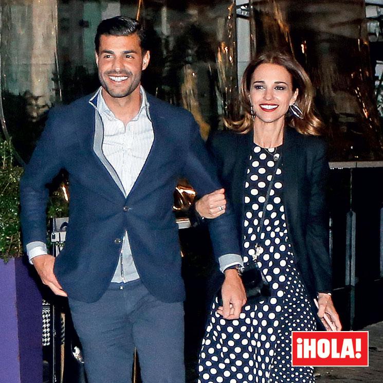 Exclusiva en ¡HOLA!  la felicidad de Paula Echevarría y Miguel Torres  paseando de la mano en su romántico fin de semana f4aeafdff71
