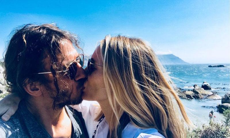 Vanesa Lorenzo y Carles Puyol derriten las redes sociales con sus mensajes de amor