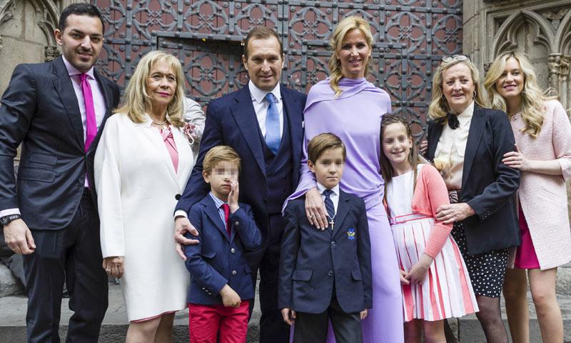 Alejandra Prat celebra la Primera Comunión de su hijo en familia