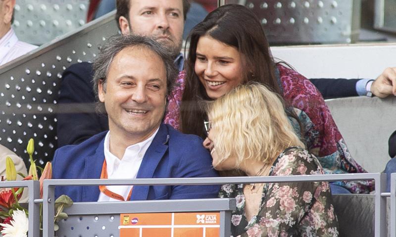 Eugenia Martínez de Irujo con su hija Tana y Narcís Rebollo: risas, complicidad y mucho amor