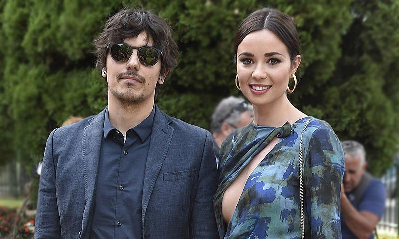 Dafne Fernández presume de embarazo en su fin de semana más romántico