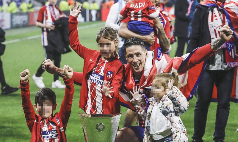 Las fotos más simpáticas de Fernando Torres con sus hijos tras cumplir su sueño