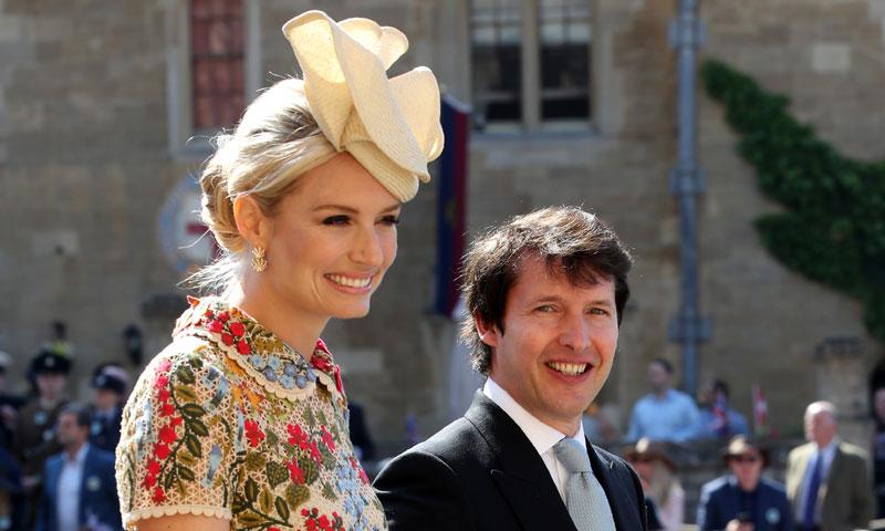 Así consiguió Sofia Wellesley ser la invitada diferente en la boda de los vestidos 'midi'