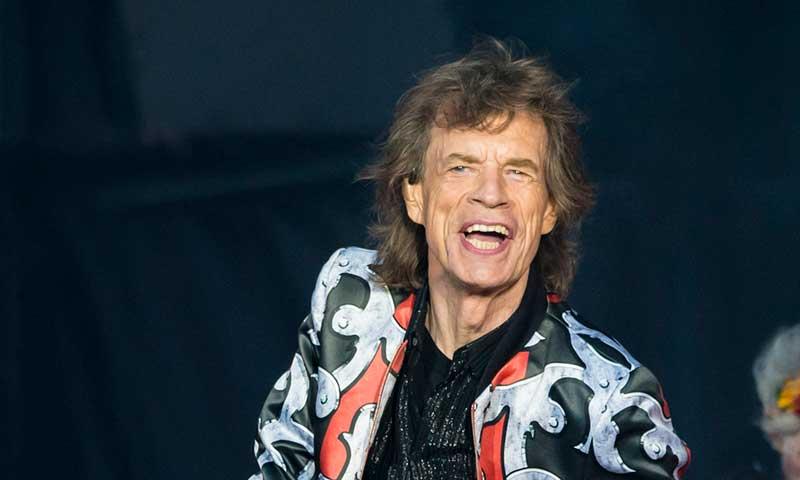 Mick Jagger se lleva de gira a su hijo ¡con tan solo un año!