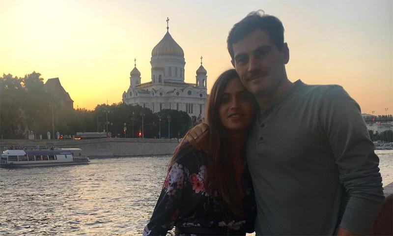 Sara Carbonero comparte su foto más romántica con Iker Casillas desde Moscú