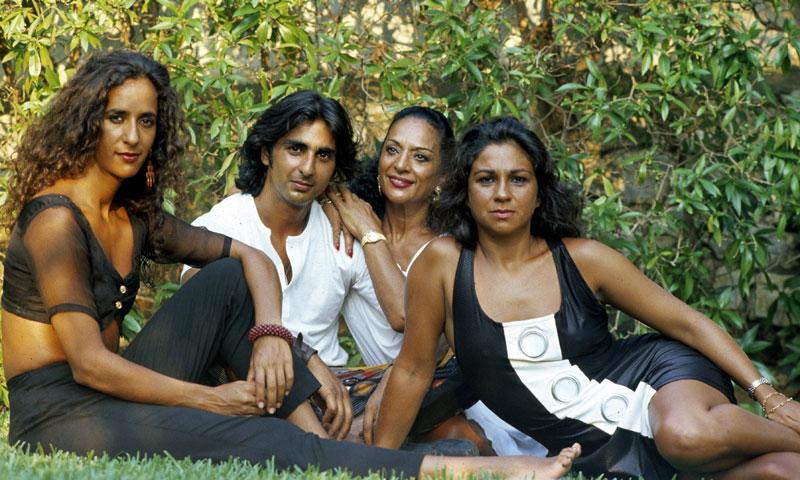 Rosario y Lolita cuentan en televisión algunos secretos no desvelados de la familia Flores