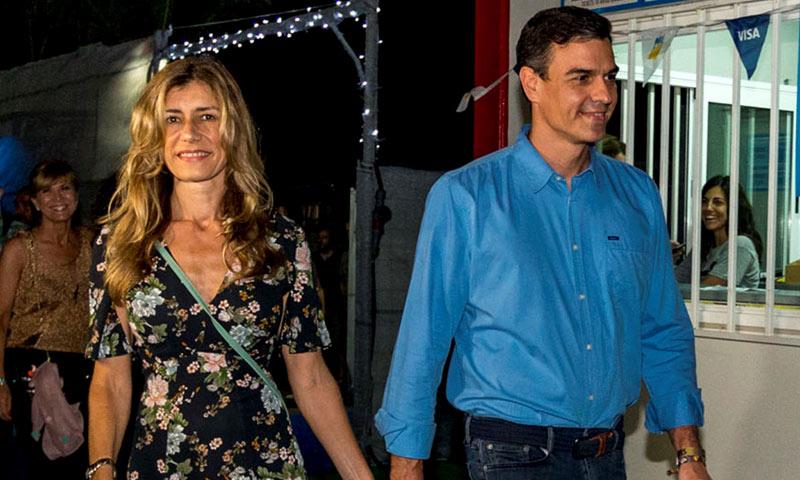 Pedro Sánchez acude al FIB con su mujer, Begoña Gómez, para ver a The Killers