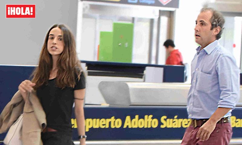 Luis Martínez de Irujo y Adriana Marín dan la bienvenida a su primera hija