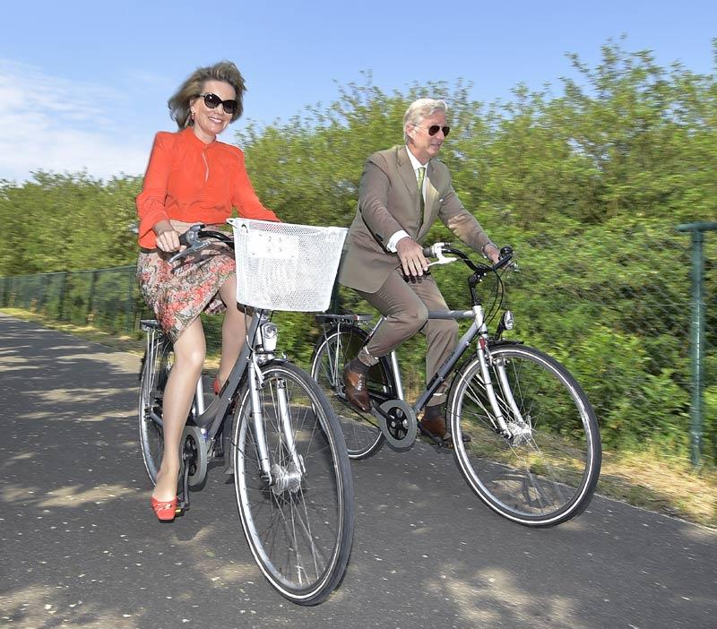 reyes de belgica en bici