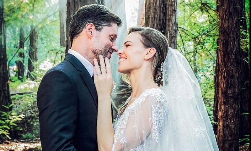 La boda secreta de Hilary Swank