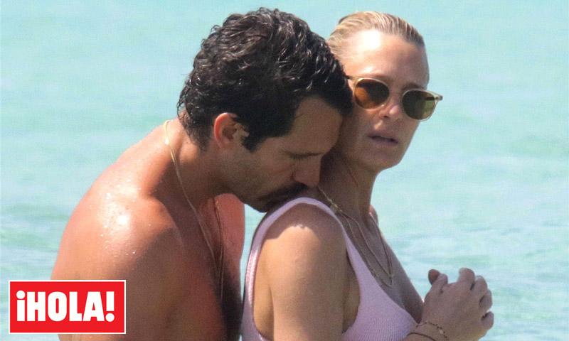 EXCLUSIVA: Robin Wright luce un cuerpo 10 durante su luna de miel en Formentera