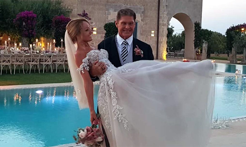Los románticos vídeos de la boda de David Hasselhoff y Hayley Roberts