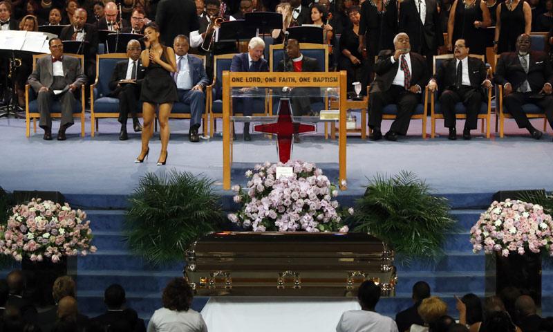 Muchos rostros conocidos dan el último adiós a Aretha Franklin