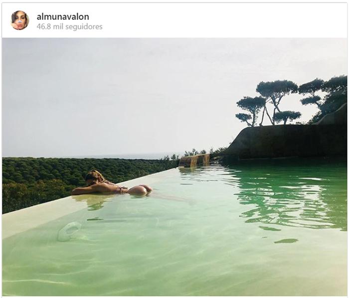 Almudena Navalón comparte una foto de su luna de miel con Manuel Carrasco