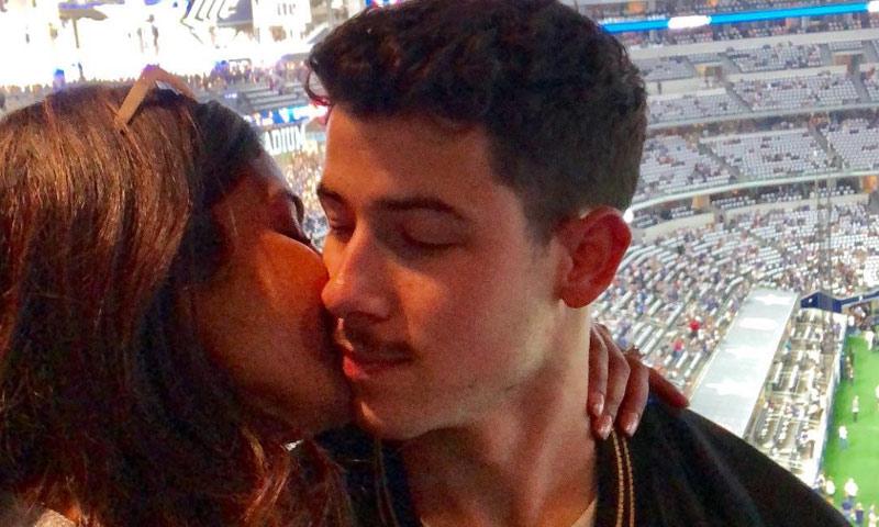 Priyanka Chopra celebra el cumpleaños de Nick Jonas a punto de darse el 'sí, quiero'