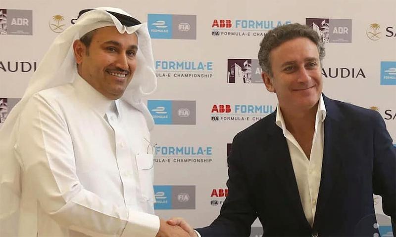 El español Alejandro Agag aterriza en Arabia Saudí y hace historia