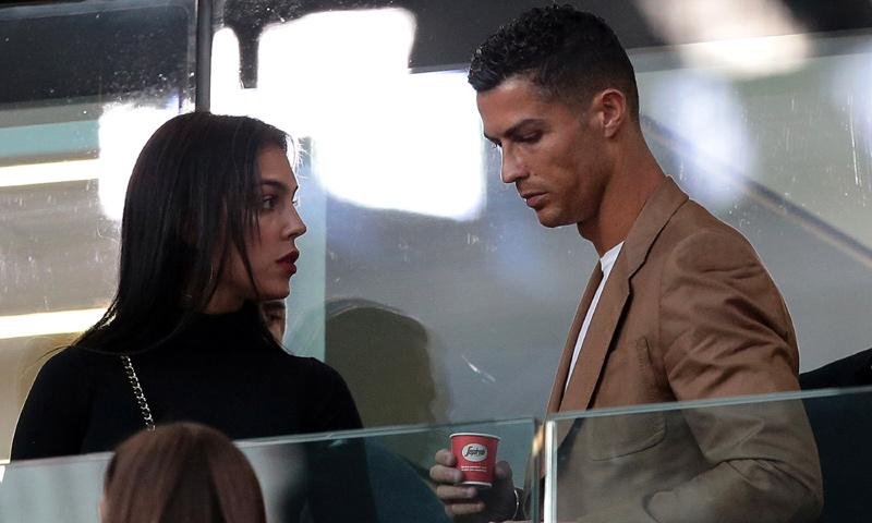 Cristiano Ronaldo, acompañado de Georgina Rodríguez y su familia, apoya a la Juventus desde la grada